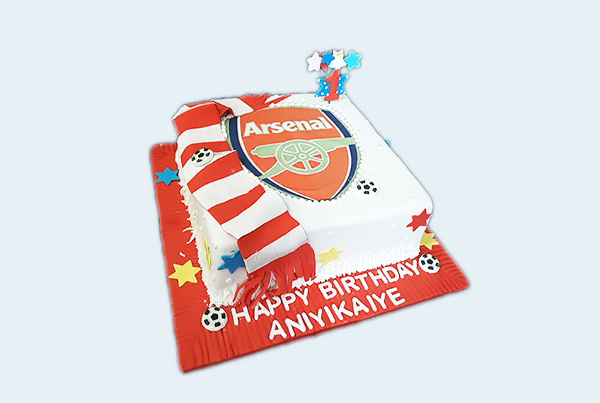 Arsenal FC rectangle birthday cake